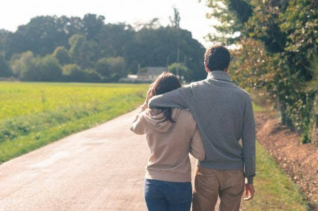 couple-autumn-walking-behind.jpg