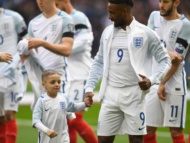 Twitter reacts as 'son of England' Defoe scores vs. Lithuania