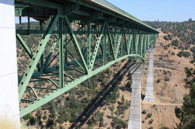 foresthill-bridge.jpg
