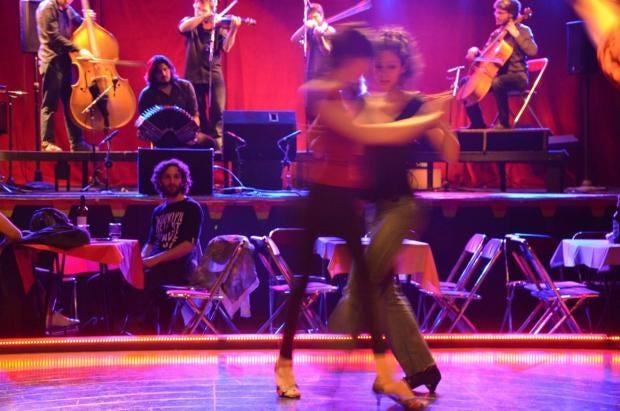 How queer tango is steaming up dance floors in buenos aires the how queer tango is steaming up dance floors in buenos aires fandeluxe Gallery