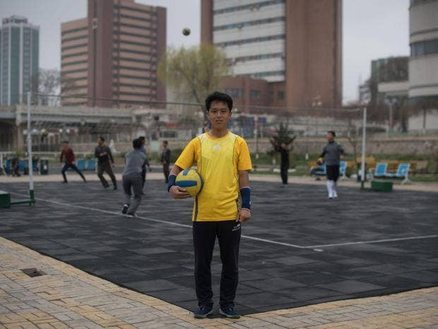 north-korea-volleyball.jpg