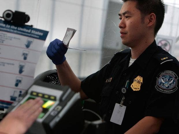 Visa's adjusted profit jumps 27 percent
