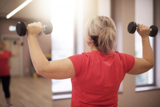 woman-weights-gym.jpg