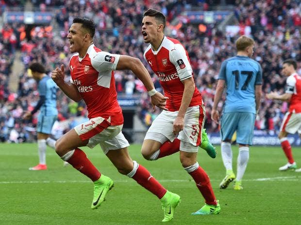 Alexis Sanchez Scores FA Cup Semi-Final Winner, Gives Shirt to Fan