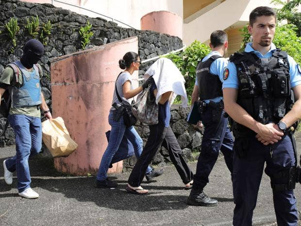 2 police wounded in shooting on French island of Reunion