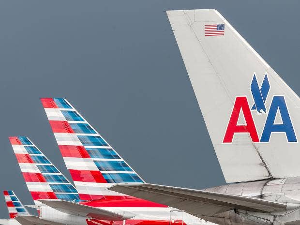 american-airlines-tail.jpg