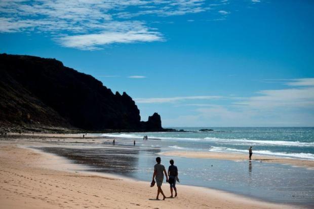 praiadaluz.jpg