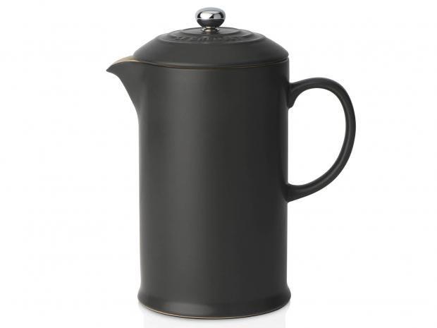 le-creuset-cafetiere-satin-black.jpg