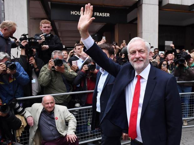 corbyn-greets-0.jpg