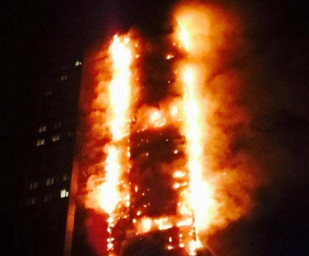 Картинки по запросу Latimer Road fire: blaze engulfs west London tower block