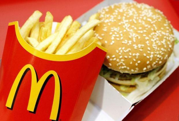 mcdonalds-burger-cutlery.jpg