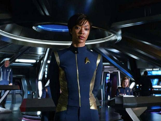 star trek discovery story details revealed by showrunners the independent. Black Bedroom Furniture Sets. Home Design Ideas