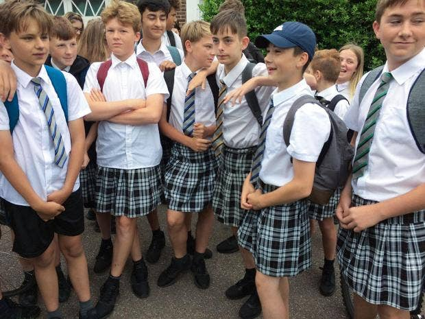 boys-wear-skirts-school.jpg
