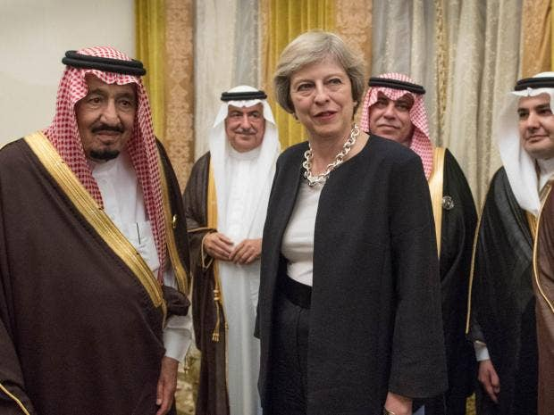 theresa-may-king-salman.jpg