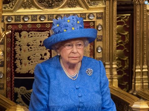 queen-1.png