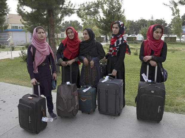 girls-robotics-team-afghanistan.jpg