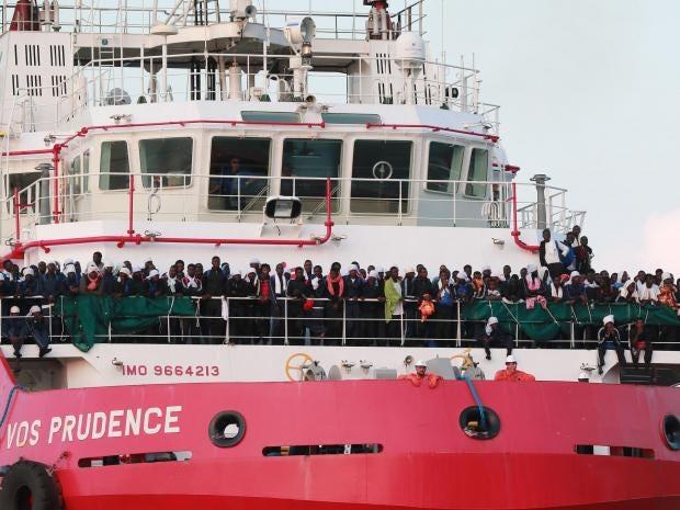 refugee-ship.jpg