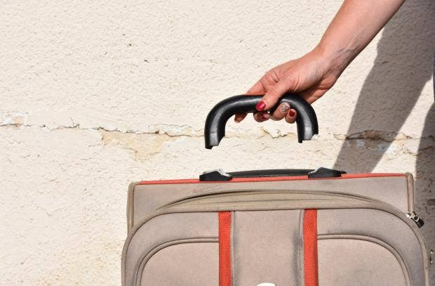 How to make your suitcase indestructible by an airline baggage how to make your suitcase indestructible by an airline baggage expert spiritdancerdesigns Images