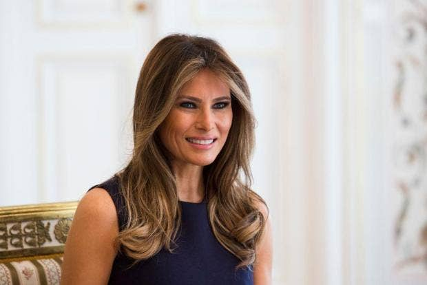 Melania Trump Didn T Make Vanity Fair S Best Dressed List But Michelle Obama Did The Independent