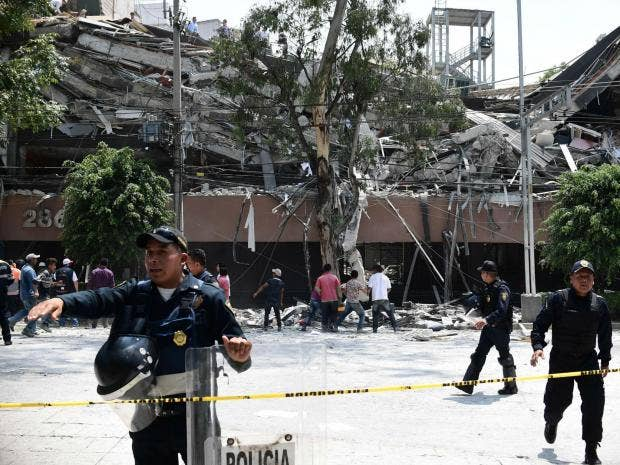 https://static.independent.co.uk/s3fs-public/styles/article_small/public/thumbnails/image/2017/09/19/20/mexico-city-earthquake2.jpg