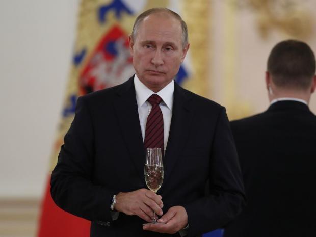Putin yeni hökumətlə görüşəcək