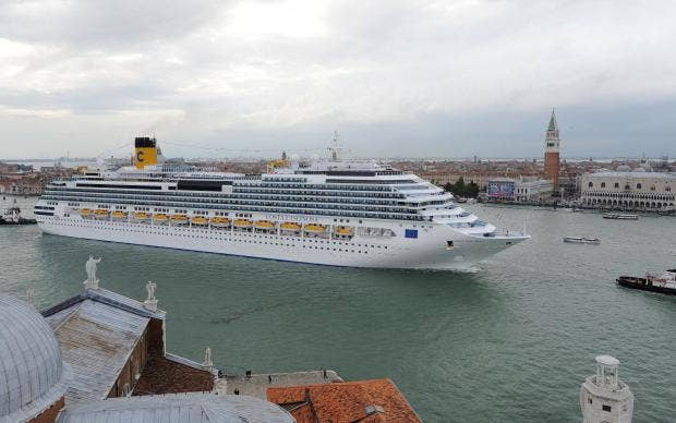 Italy Bans Huge Cruise Ships From Venice City Centre The Independent - Huge cruise ship