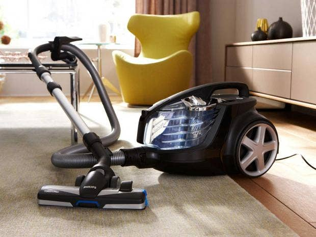 bagless provides more consistent suction powder but is usually more expensive than vacuums with bags while cordless vacuum cleaners