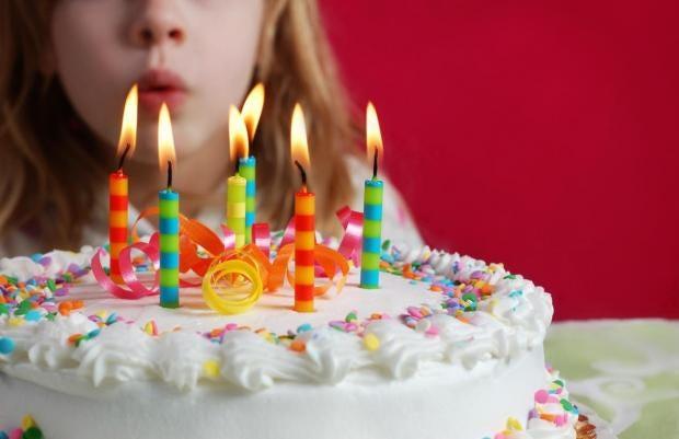 Man Buys Birthday Cake For Child Video