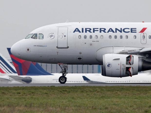 Air france strike thousands of passengers stranded as airline air france is urging passengers to check the status of their flights before coming to the airport and is offering to change tickets for free reuters sciox Image collections