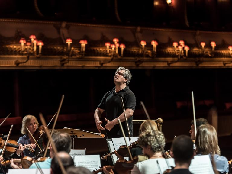 Orchestra of the ROH/Pappano, Royal Opera House, classical review: Displaying the kind of versatility we usually take for granted