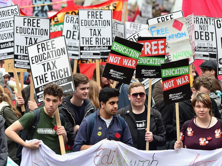 Students should receive minimum living income to overcome poverty, says report