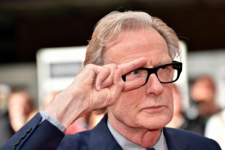 It's become fashionable for actors not to learn their lines, Bill Nighy laments