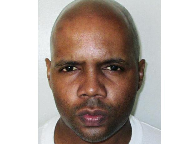 Convicted murderer raises 'V' sign and says 'I hate you' as final words before execution