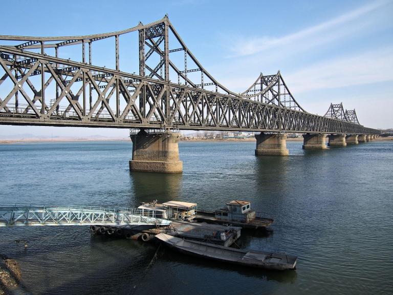 china-nk-friendship-bridge-rexfeatures-3