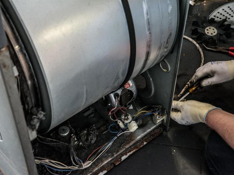 tumble-dryer-whirlpool.jpg