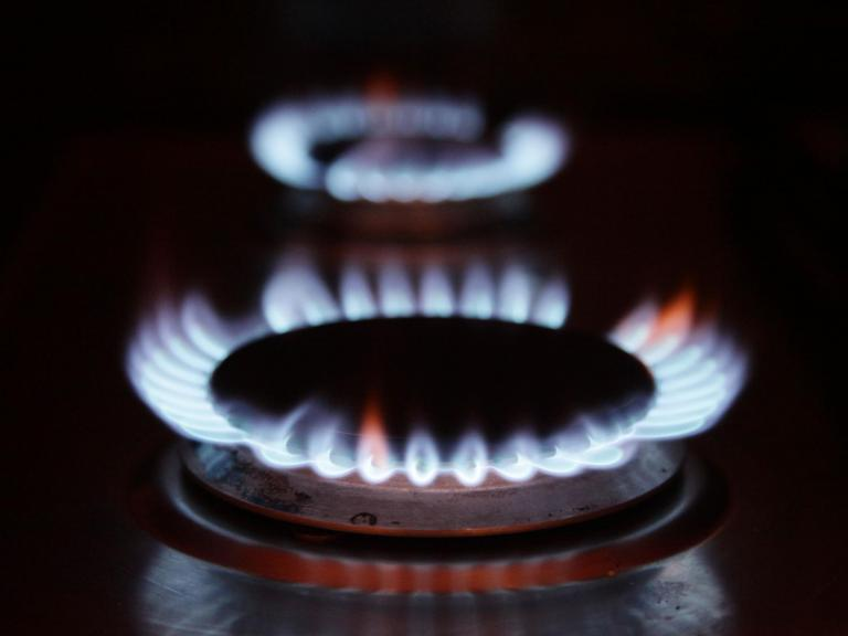 Energy customers to receive automatic compensation for delays in switching accounts