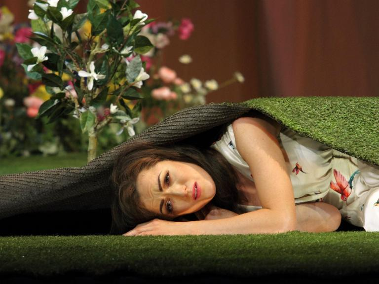 La traviata, Coliseum, London, review: By and large this is a cack-handed production