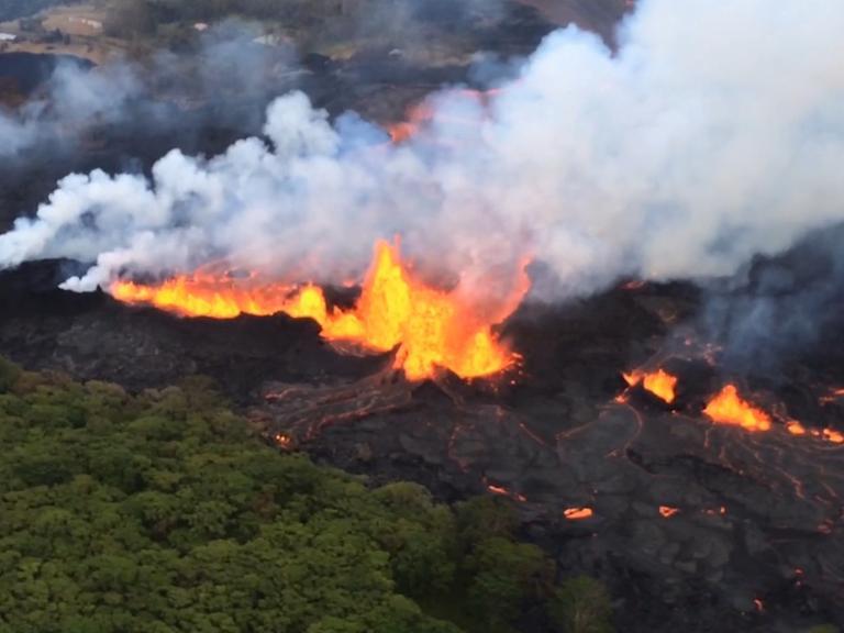 lava-fountain-spraying-magma.jpg