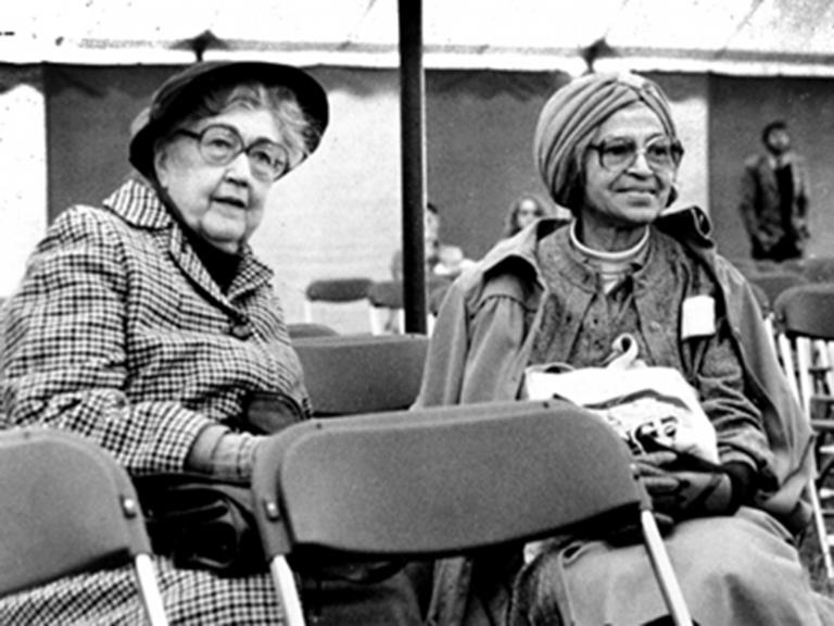 Virginia Durr: Civil rights activist who suffered ostracism in support of Rosa Parks and the black struggle