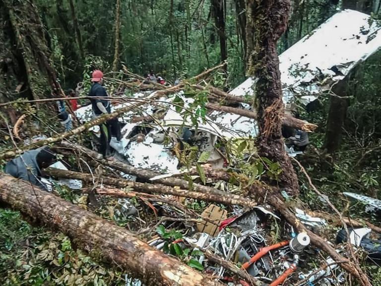 Indonesia-plane-crash.jpg