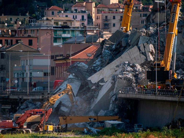 Genoa bridge collapse: Italy's populist government demands operator rebuild bridge and surrounding buildings at own expense