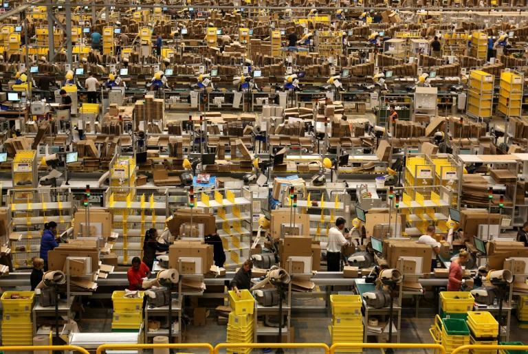Amazon-warehouse.jpg