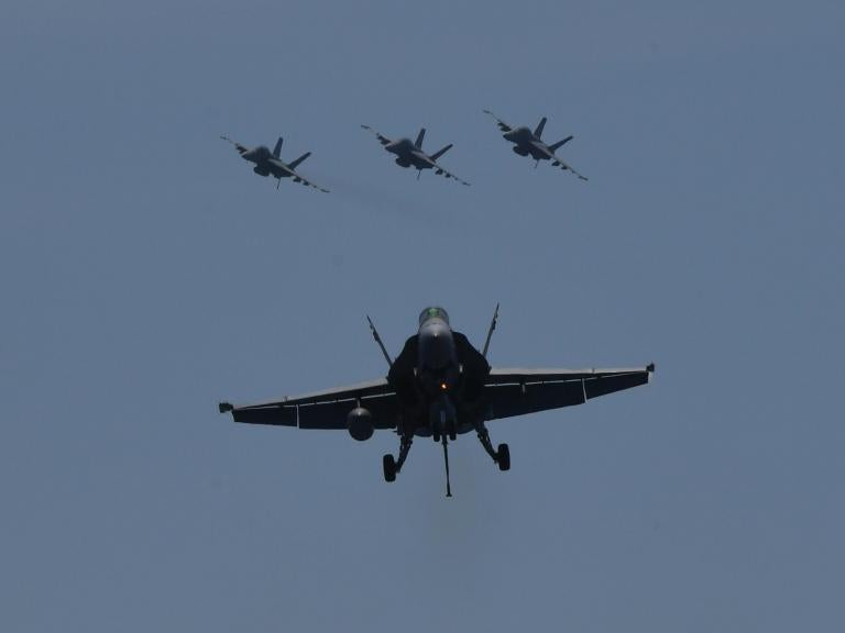 navy-plane3.jpg