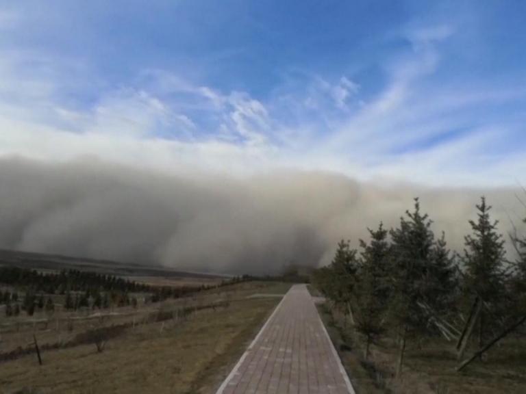 sandstorm-zhangye.jpg