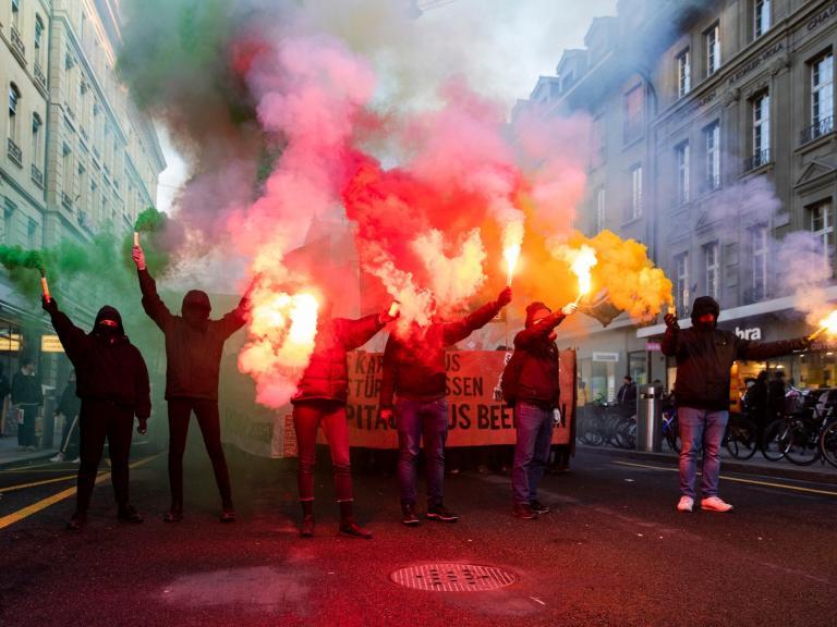 world-economic-protests.jpg