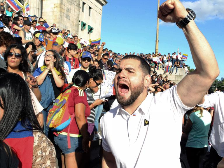venezuela-protest-040219.jpg