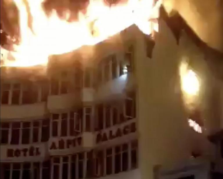 delhi-hotel-fire.jpg