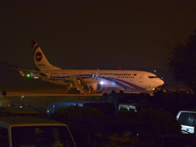 bangladesh-hijacked-plane.jpg
