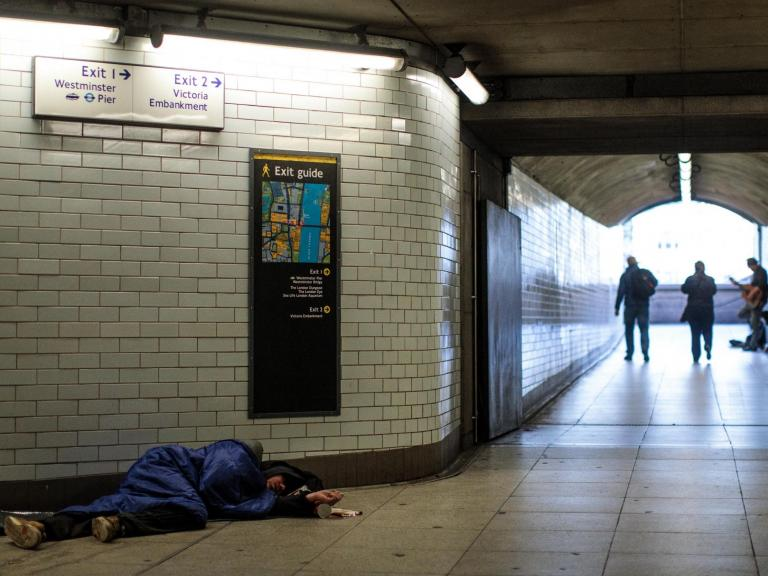 Rough sleepers denied access to healthcare, pushing them into 'repeat cycles of homelessnes ...