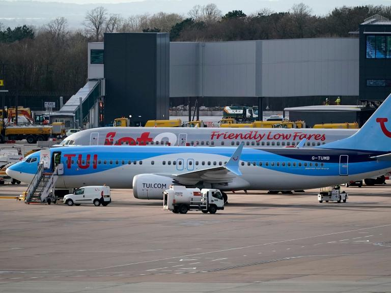 Manchester Airport flights grounded as power failure prevents aircraft refuelling